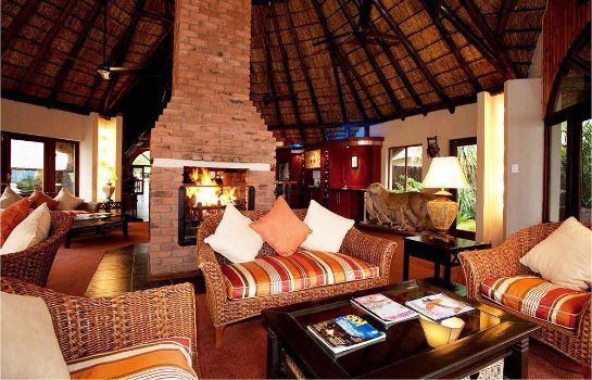Hol hotelowy Ditholo Game Lodge