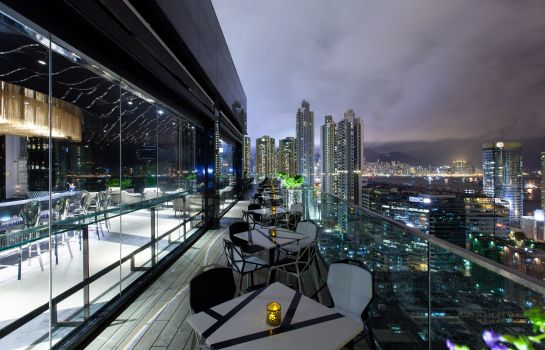 Hotel bar Rosedale Hotel Kowloon