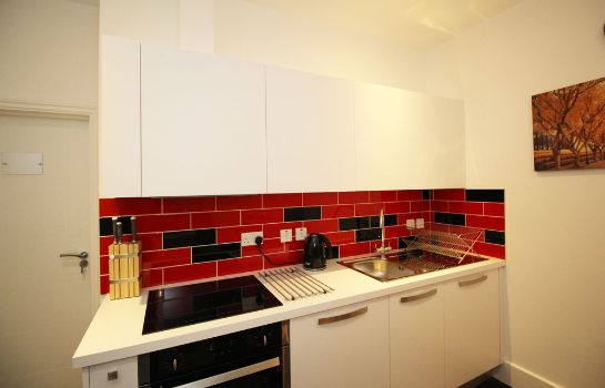 Cucina in camera Flexistay London Serviced Aparthotel