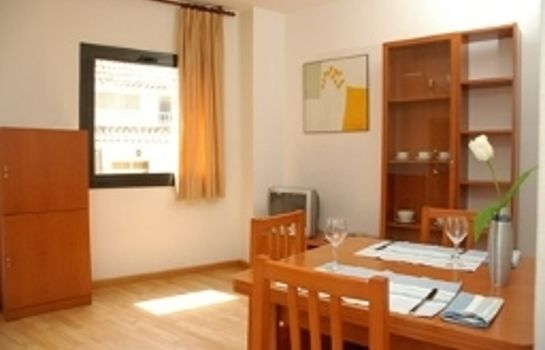 Triple room Apartments Sata Park Güell Area