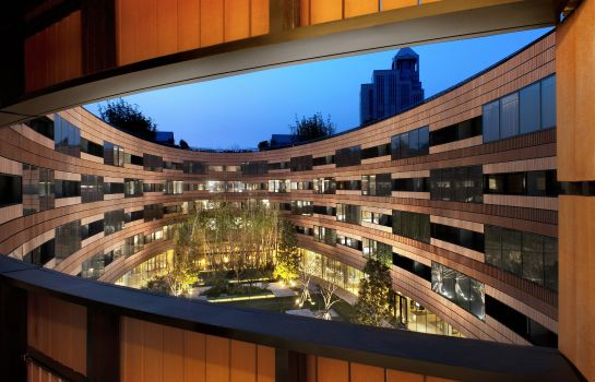 Vista esterna Twelve at Hengshan a Luxury Collection Hotel Shanghai