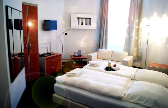 Single room (superior) Plenus Boutique Hotel