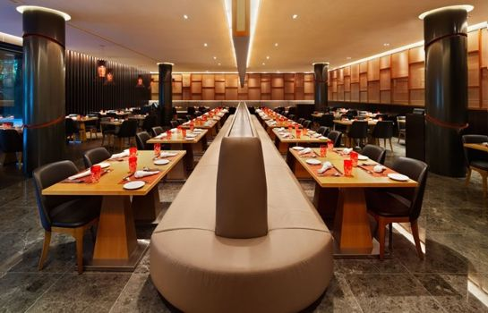 Restaurant Ramada by Wyndham Singapore At Zhongshan Park