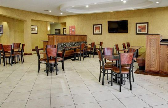 Restaurant Comfort Inn and Suites Alvarado