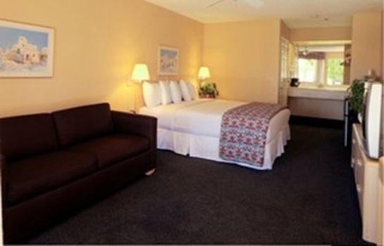 Room CALIPATRIA INN AND