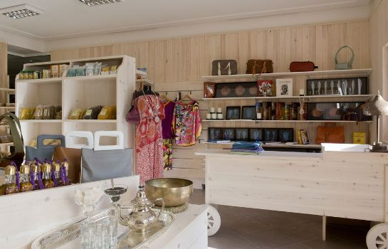 Shop Paradis Plage Surf Yoga & Spa resort