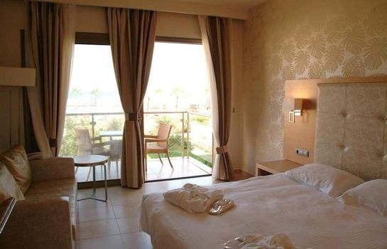 Info Ionian Emerald Resort