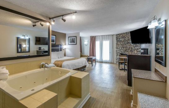 Suite Quality Inn and Suites Gatlinburg