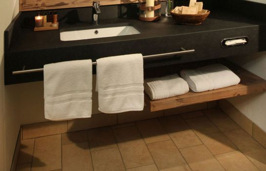 Bagno in camera Spa & Golfresort Weimarer Land