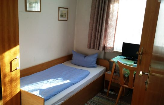 Single room (standard) Pension Mainburg