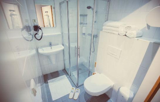 Bagno in camera Tourist Inn Budget Hotel - Hostel