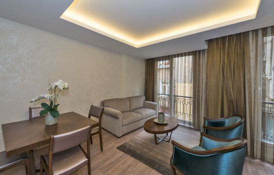 Junior Suite Suiteness Taksim Hotel
