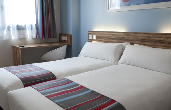 Double room (standard) Travelodge Madrid Alcalá