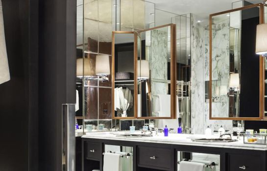Badezimmer ROSEWOOD LONDON