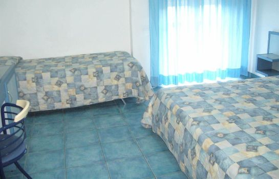 Triple room Hotel Enotria