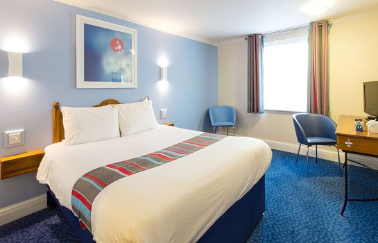 Room Travelodge London Northolt