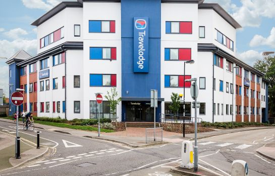 Exterior view TRAVELODGE WOKING CENTRAL