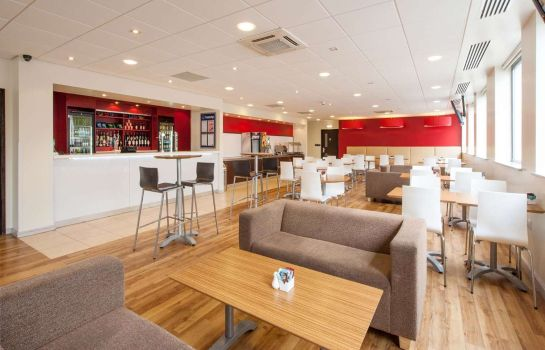 Restaurant TRAVELODGE WOKING CENTRAL