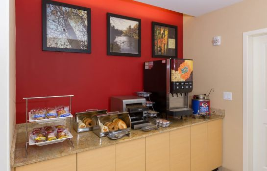 Restaurant TownePlace Suites Buffalo Airport