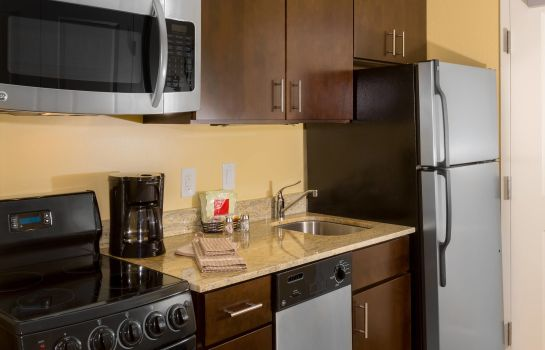 Suite TownePlace Suites Buffalo Airport