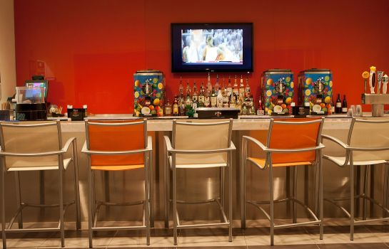 Hotel bar TownePlace Suites Galveston Island