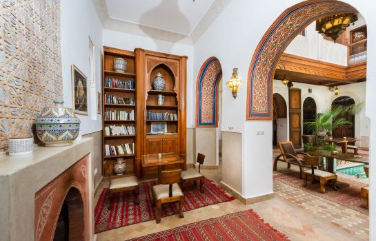 Reading room Riad Melhoun