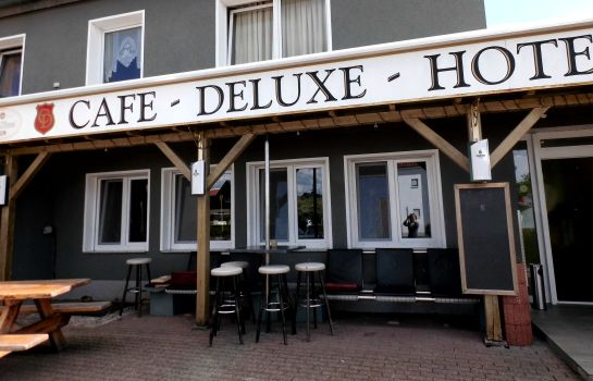 Exterior view Deluxe Hotel & Cafe