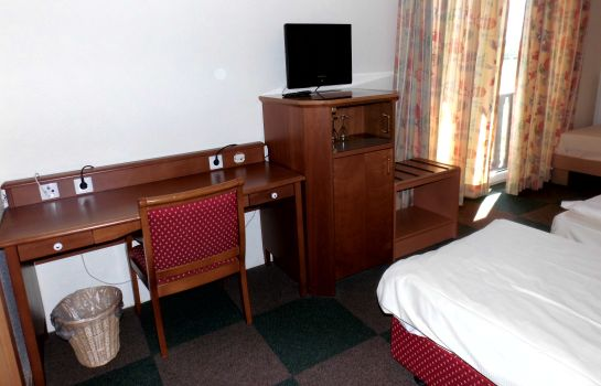 Double room (superior) Deluxe Hotel & Cafe