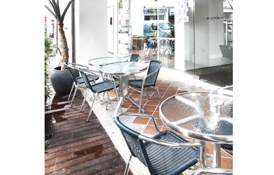 Terrasse 5footway.inn Project Bugis