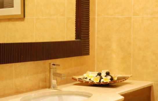 Bathroom Aanari Hotel & Spa