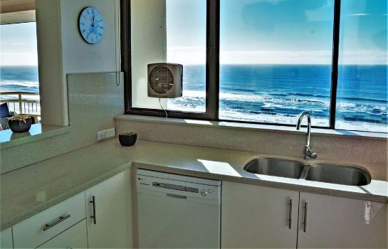 Kitchen in room Seacrest Beachfront Holiday Apartments