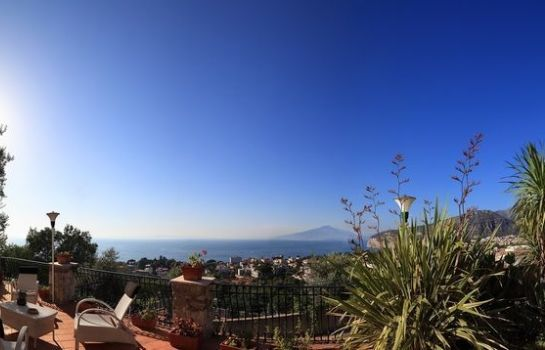 Terrace M Suites Sorrento