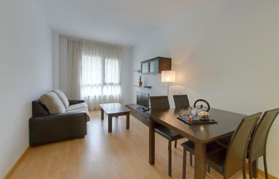 Chambre Tryp Madrid Airport Suites