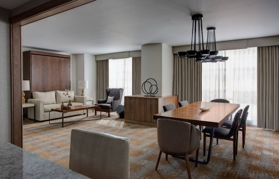 Suite JW Marriott Austin