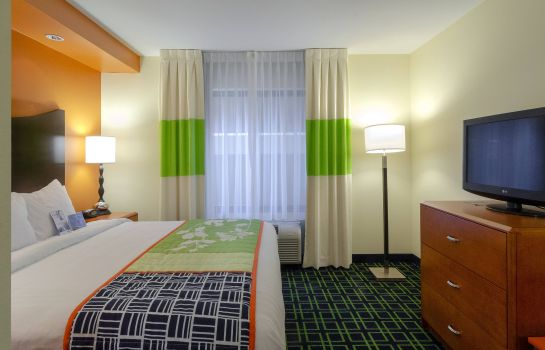 Zimmer Fairfield Inn & Suites Charlotte Matthews