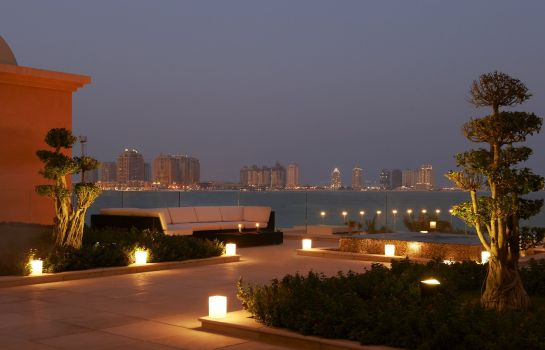 Hotel bar The St. Regis Doha
