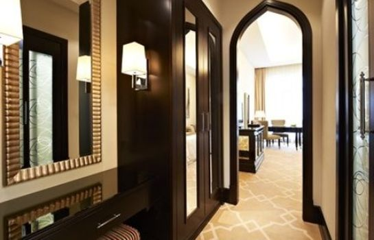 Room The St. Regis Doha