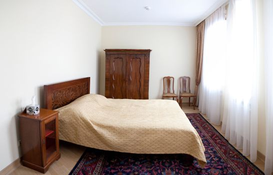 Pokój typu junior suite British Club Lviv