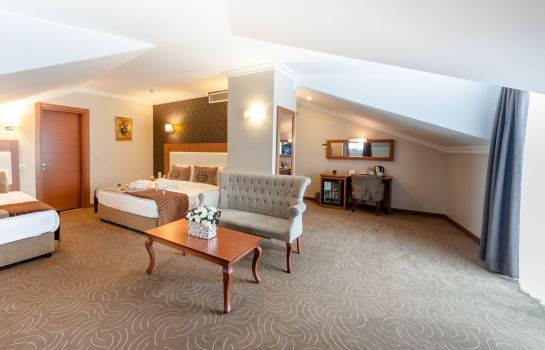 Junior Suite Grand Hotel Avcilar