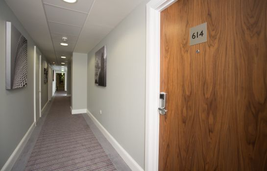 Hall de l'hôtel Staybridge Suites BIRMINGHAM
