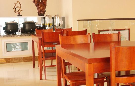 Breakfast room Green Tree Lvyou Wharf Qingdao(N) Rd Domestic only