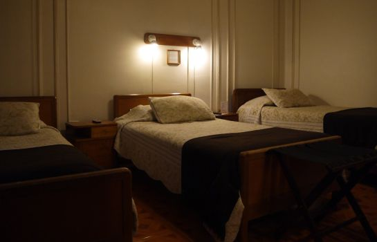 Triple room Paris Londres