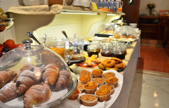 Breakfast room Sar'Otel Boutique Hotel