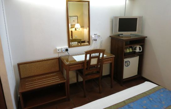 Single room (standard) Perak Hotel