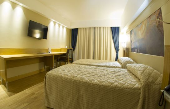 Doppelzimmer Standard Catania International Airport Hotel