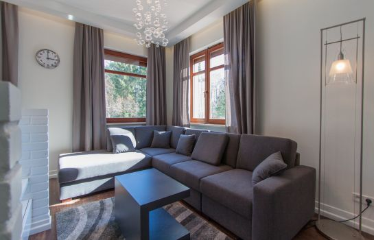 Room overlooking garden Apartinfo Apartments - Neptun Park