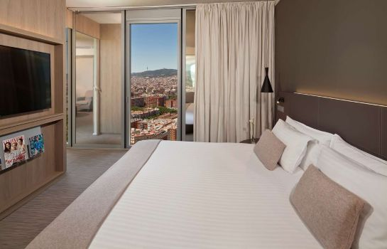 Suite The Level at Meliá Barcelona Sky