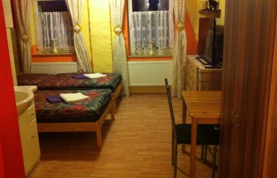 Triple room Pension sxf