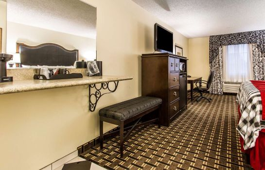 Zimmer an Ascend Hotel Collection Member Evangeline Downs Hotel
