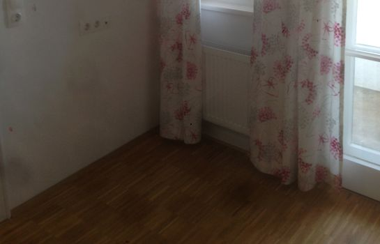 Double room (standard) Achtzimmer